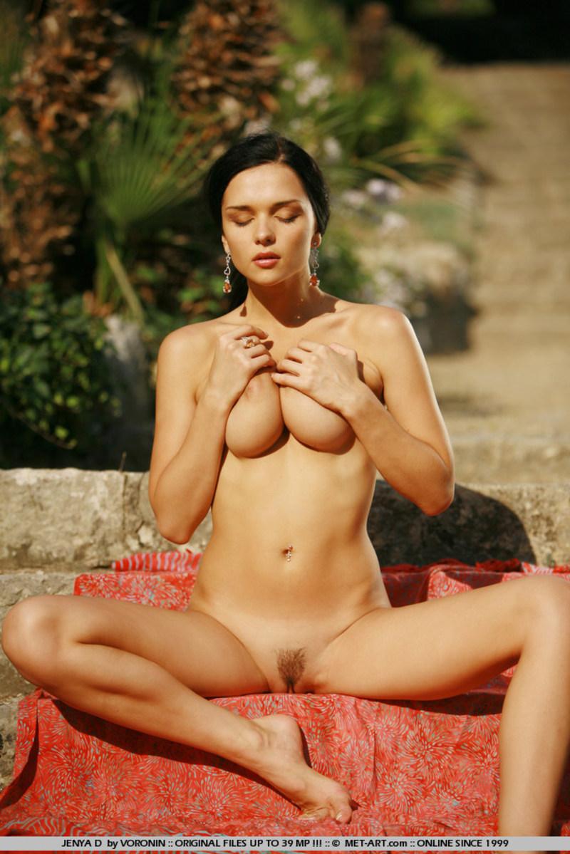 Смотреть онлайн эротическое фото знаменитостей 18 фотография